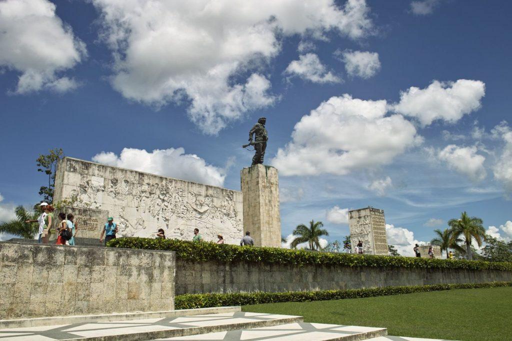 チェ・ゲバラを訪ねて~キューバ中央部へ