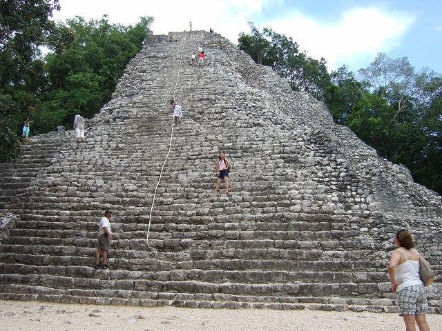 マヤ文明の遺跡を巡る~コバ・トゥルム遺跡